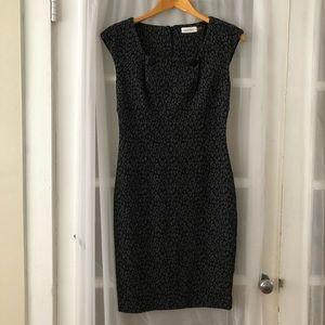 Calven Klein hour-glass dress. Size 2.